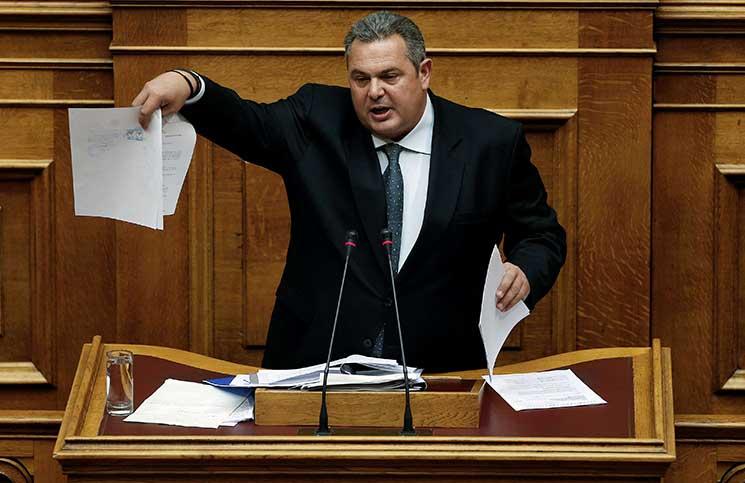 الحكومة اليونانية تواجه انتقادات بسبب صفقة أسلحة فاشلة للسعودية