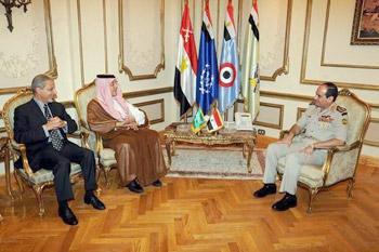 السيسي يلتقي وزير الخارجية السعودي ورئيس المخابرات