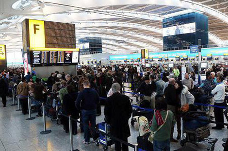 مطار دبي الدولي يتخطى هيثرو بـ 2.2 مليون مسافر في 4 أشهر