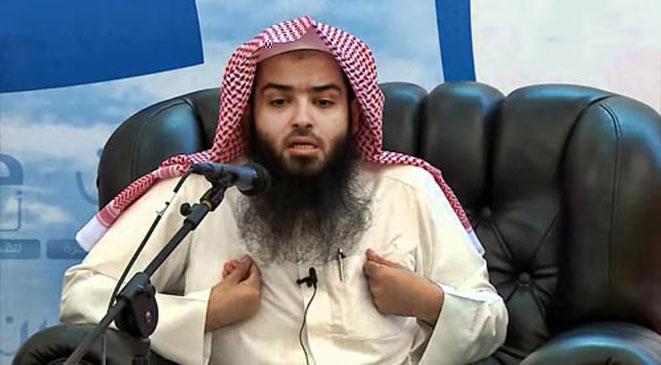 بعد الاتهامات الأمريكية .. فصل داعية كويتي من عمله