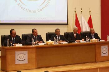 لجنة الانتخابات ترفض طعن صباحي على تمديد التصويت
