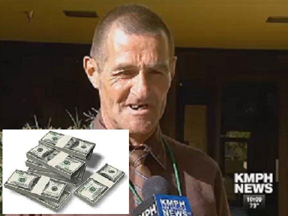 أمريكي يعيد 125ألف دولار بعدما عثر عليها في حقيبه