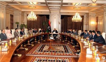أول اجتماع لحكومة معيتيق وسقوط 21 قتيل في بنغازي