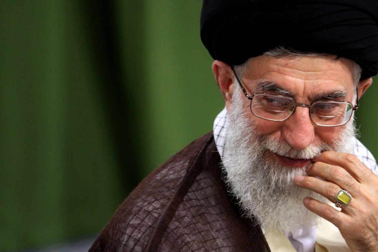 خامنئي يعطي «مجلس صيانة الدستور» حق إلغاء عضوية البرلمانيين في إيران