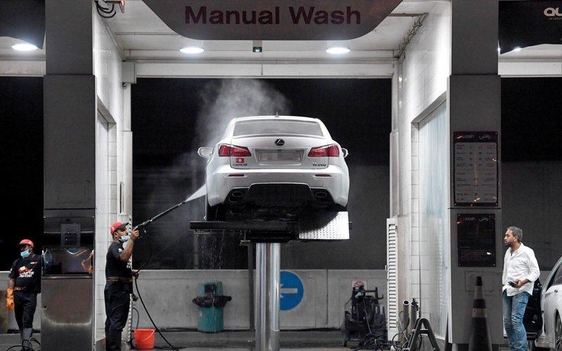 أسعار خدمات وسلع بمتاجر محطات الوقود تزيد بنحو 75% بعد «القيمة لمضافة