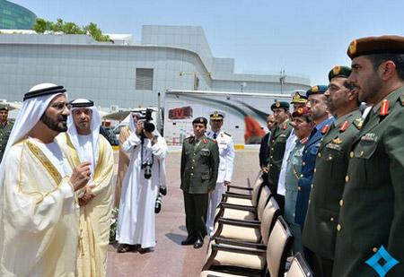 محمد بن راشد يخرّج الدورة الأولى من كلية الدفاع الوطني