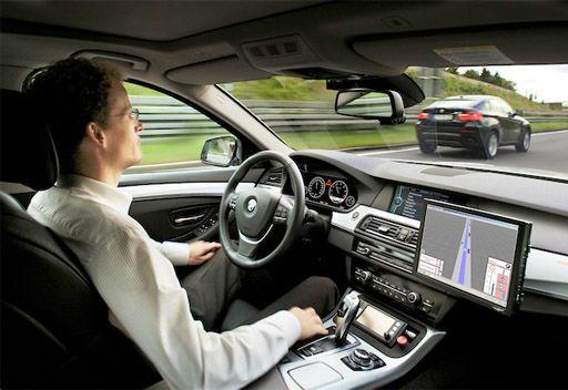 34 % من الإماراتيين مشتتين ذهنياً أثناء قيادة السيارة