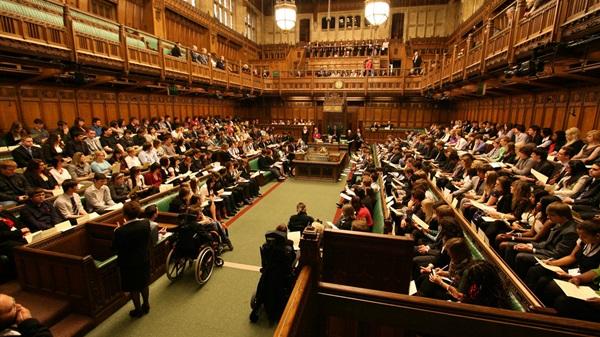 جلسة استماع للإخوان المسلمين بالبرلمان البريطاني الثلاثاء