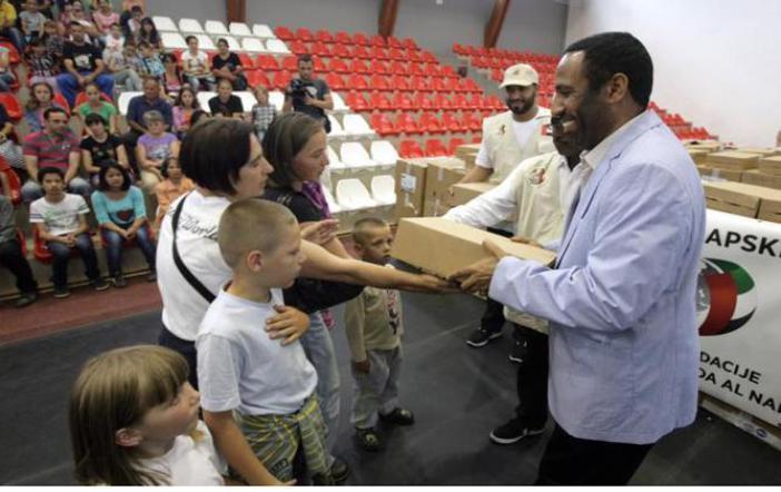 خليفة الانسانية تواصل توزيع المساعدات الإغاثية في صربيا