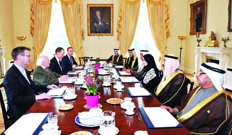 القبيسي تلتقي رئيس  إيرلندا وتبحث معه سبل التعاون بين البلدين