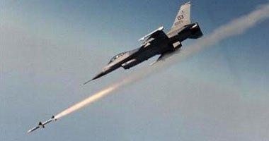 مصادر: طائرة حربية لفجر ليبيا تقصف مطار الزنتان غرب البلاد