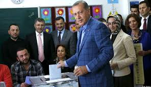 أردوغان رئيسا لتركيا من الدورة الأولى