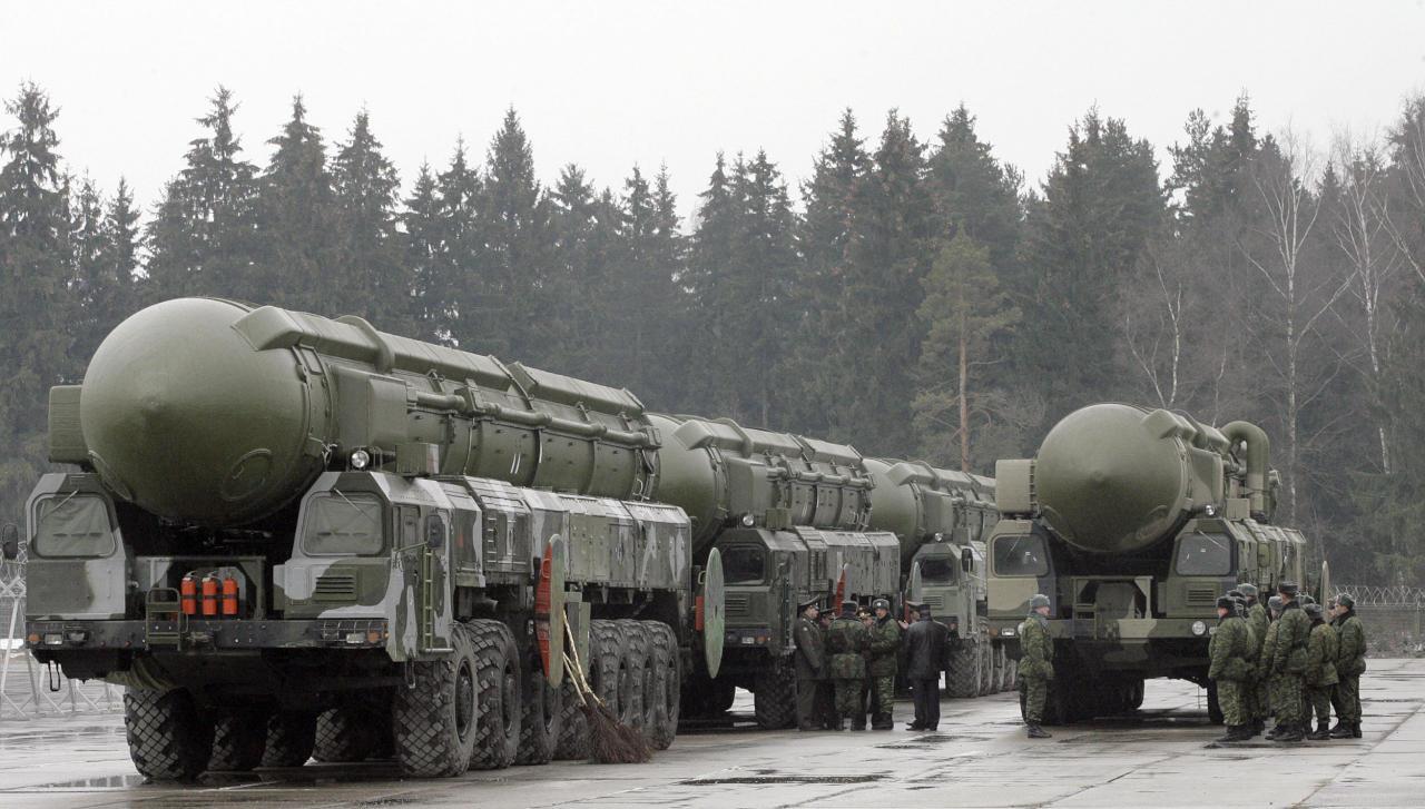 بوتين يأمر بتعزيز القوة النووية الروسية في 2017