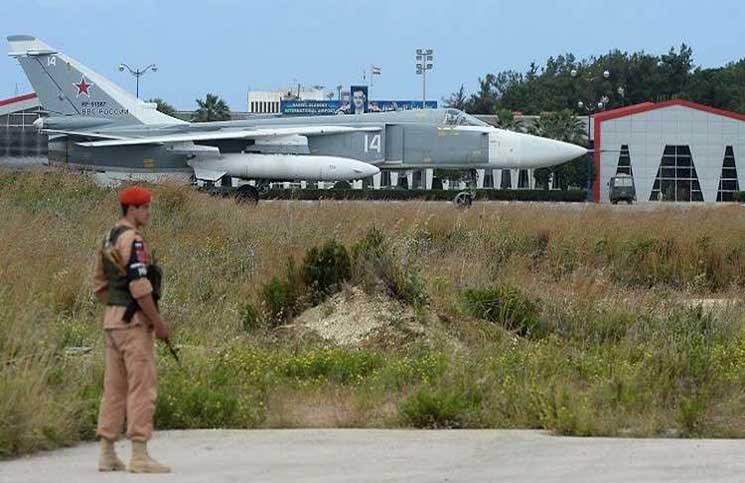 طائرات مُسيرة تستهدف قاعدة حميميم الروسية في سوريا