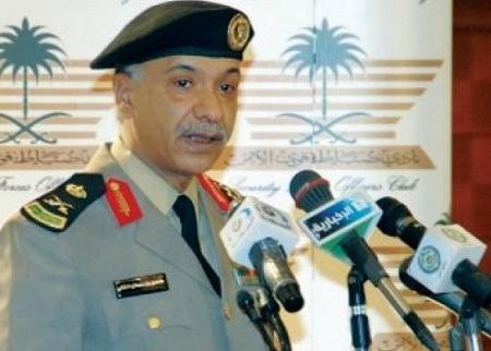 الداخلية السعودية تتسلم مطلوبين سعوديين من اليمن