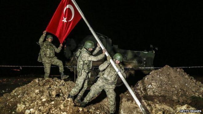 الإعلام الإيراني: نقل تركيا رفات سليمان شاه انتهاك للأراضي السورية