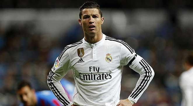 ريال مدريد يعطي كريستيانو رونالدو صلاحيات البقاء
