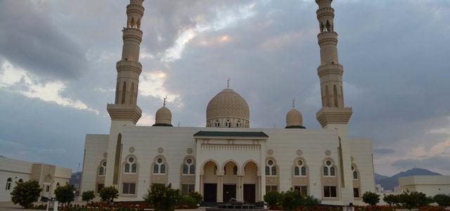 افتتاح خمسة مساجد في الشارقة