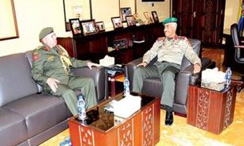 رئيس الأركان الكويتي يبحث الجوانب العسكرية مع الملحق العسكري الأردني