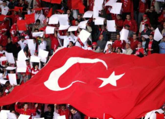 الاتحاد التركي لكرة القدم يقيل 105 من العاملين به بعد الانقلاب