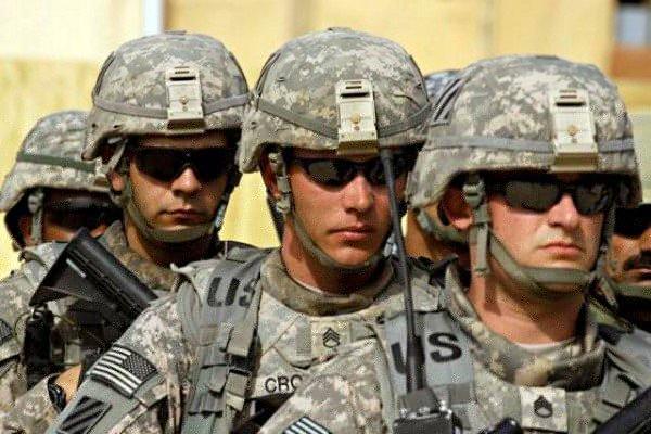 820 جنديا أميركيا يحمون سفارة بلادهم في بغداد