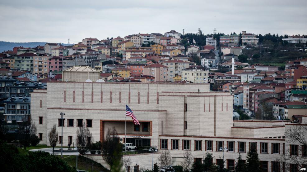 أمريكا تأمر عائلات موظفي قنصلية اسطنبول بالمغادرة