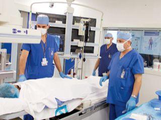 40 مريضاً في الإمارات يحتاجون إلى زراعة كبد