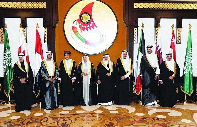 وول ستريت تتناول شيخوخة قادة الخليج وتداعياتها على الاستقرار الإقليمي
