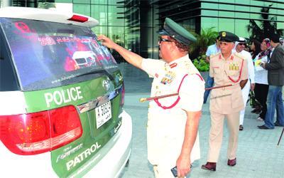 شرطة دبي تدراس إلغاء رخص متجاوزي السرعات