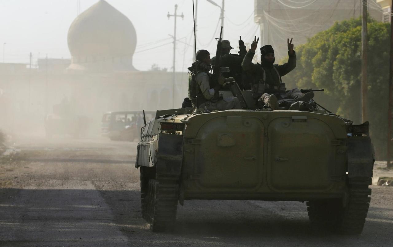 المعارك تشتد وسط الموصل القديمة وداعش يفقد مناطق مهمة