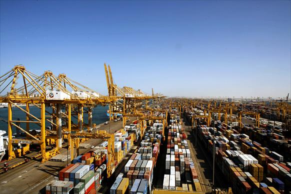 دبي تفتتح 3 مكاتب خارجية للتبادل التجاري
