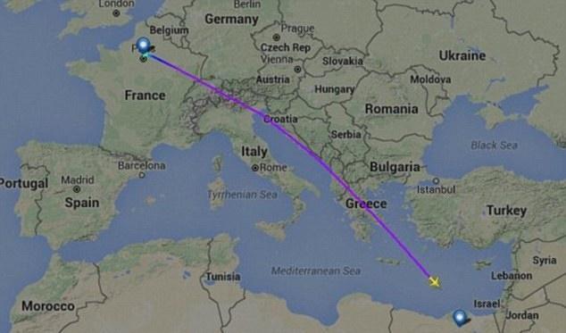 مصر تعلن عثورها على حطام الطائرة المنكوبة شمال الإسكندرية