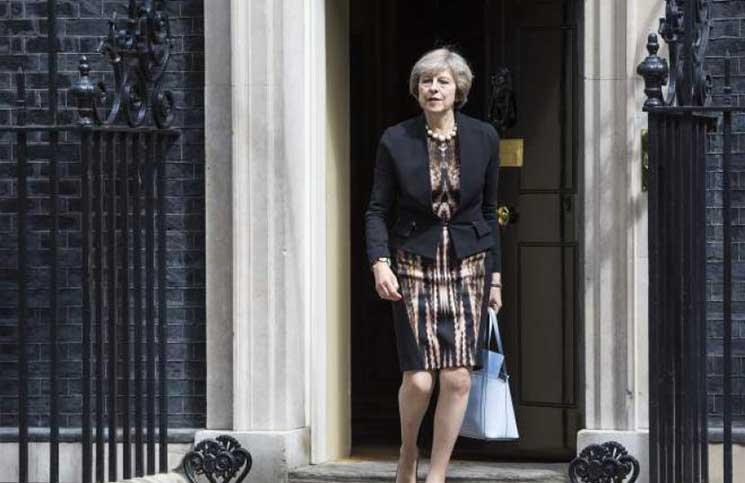 إحباط مخطط لاغتيال رئيسة وزراء بريطانيا ماي