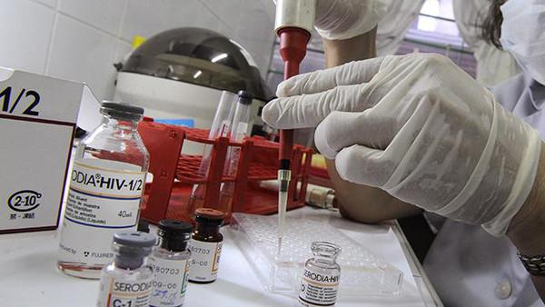 تركيب ثلاثة أدوية مجدي لعلاج أمراض السل