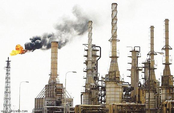 أسعار النفط تتراجع مجددا بعدما حققت أكبر مكسب يومي خلال 6 سنوات