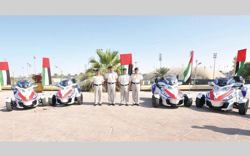 شرطة أبوظبي تستعين بـ 10 دوريات «سبايدر» للتعامل مع مصابي الحوادث