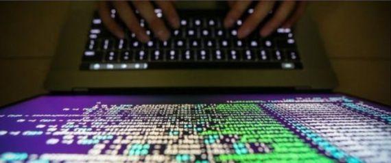 شاب يوقف الهجوم الالكتروني على مئات الدول ب10 دولارات.. ماذا فعل؟