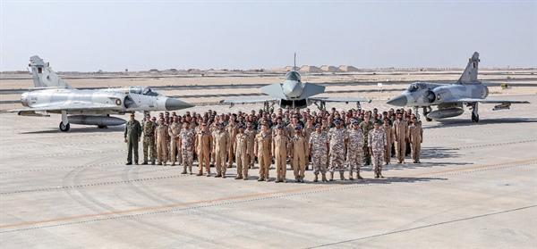 تمرين مشترك للقوات الجوية القطرية والبريطانية في قاعدة العديد