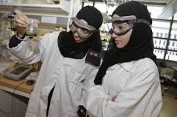 مبادرة تشغيل الطلبة تقدم خبراتها لمئات الإماراتيين