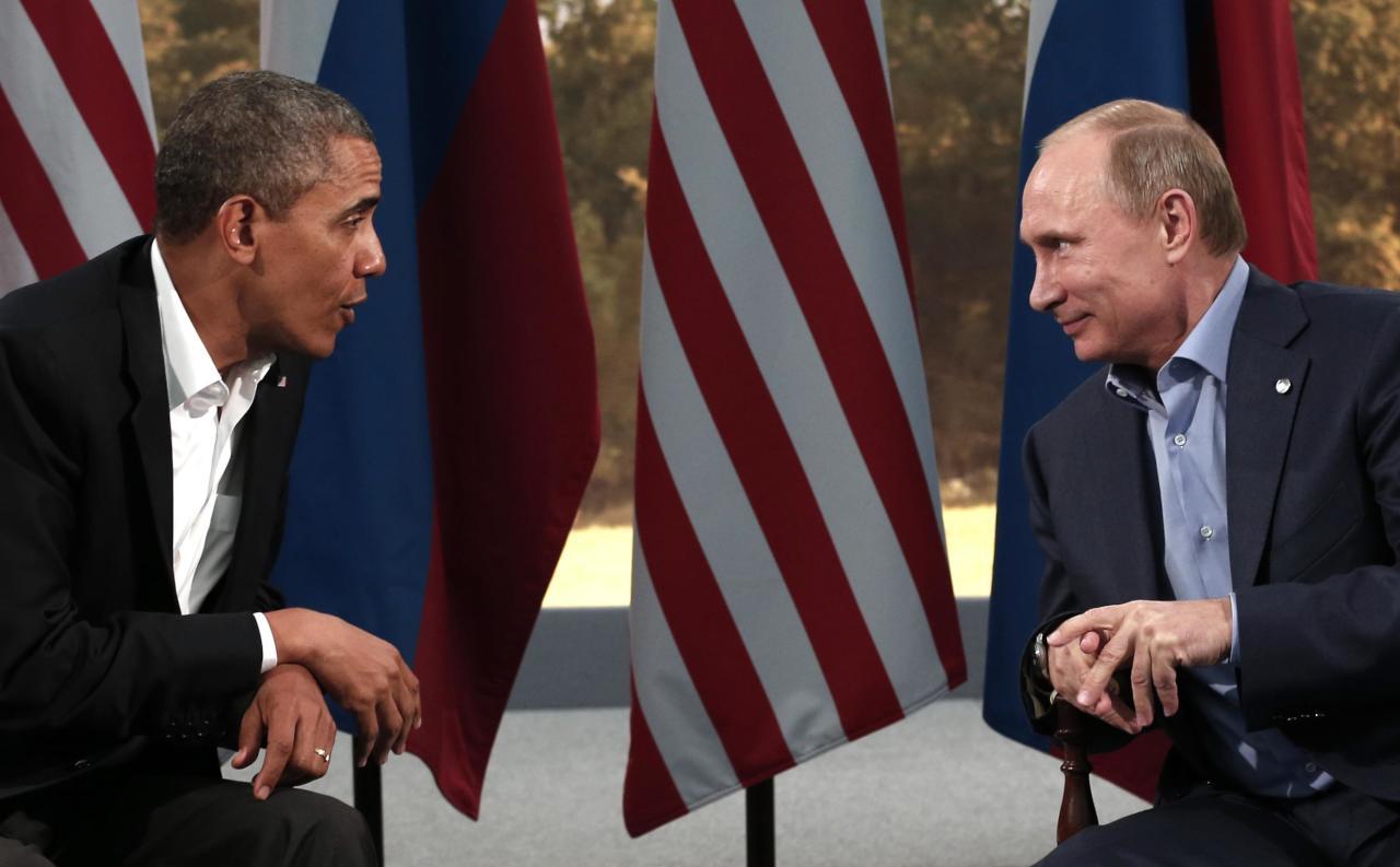 أوباما يدعو بوتين إلى وقف الضربات الجوية ضد المعارضة السورية