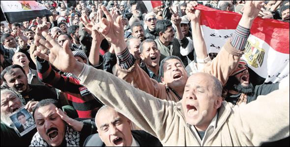 5 مؤشرات تهدد نظام السيسي بعد مظاهرات الجمعة بمصر