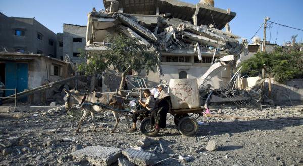 مصر تأسف لاستئناف القتال في غزة