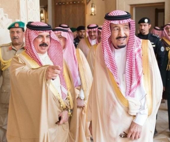 عاهل البحرين يصل السعودية في زيارة لم يعلن عنها مسبقا