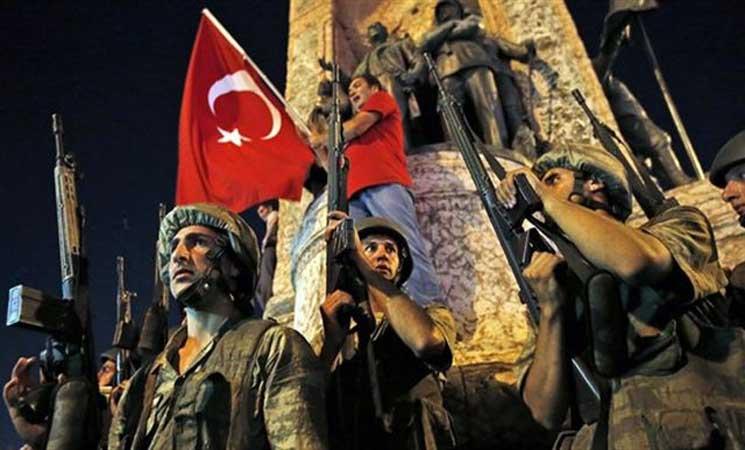تركيا تأمر باعتقال عشرات الطيارين ضمن التحقيق في محاولة الانقلاب