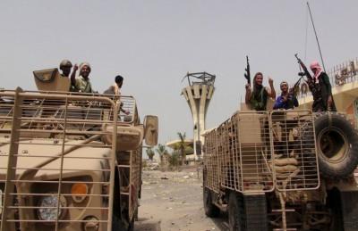 الحوثيون يخسرون في جبهة عدن لصالح قوات هادي