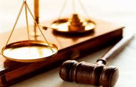 البحرين: السجن لـ 12 شخصاً هربوا من السجن