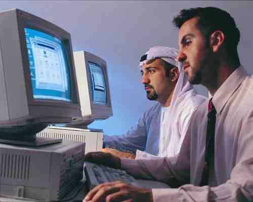 ماهو القطاع الأكثر توظيفاً في الإمارات خلال 2016؟