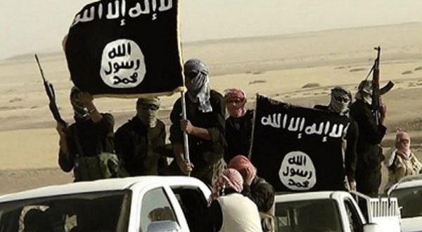 لأول مرة .. معركة إعلامية بين حماس وداعش