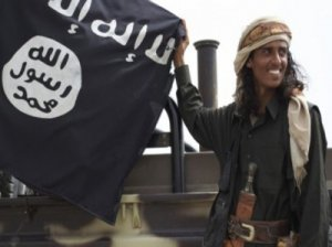 قاعدة اليمن تناصر تنظيم الدولة ولا تبايعه