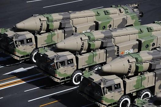 التايمز: السعودية تعزز قواتها الصاروخية لمواجهة النووي الإيراني